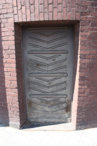 ludwig_forum_door2_detail