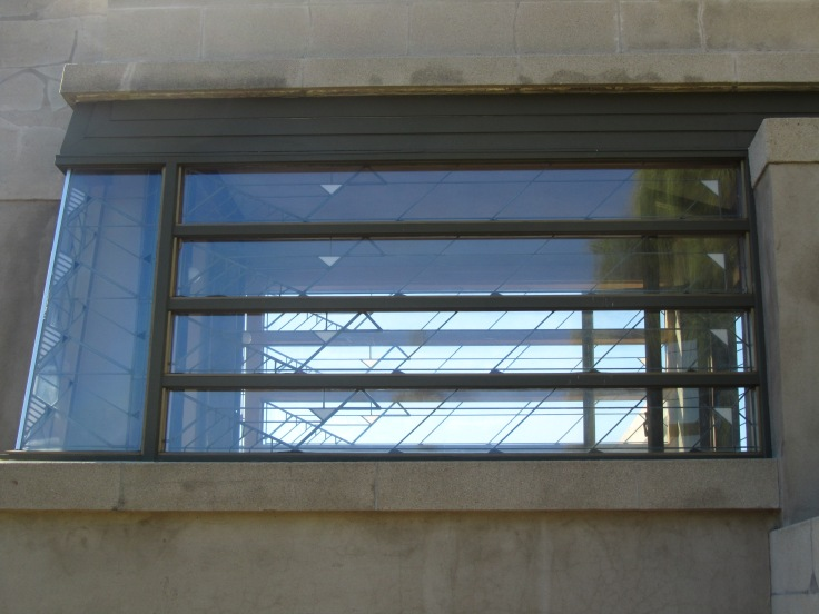 hollyhock_house_window_detail