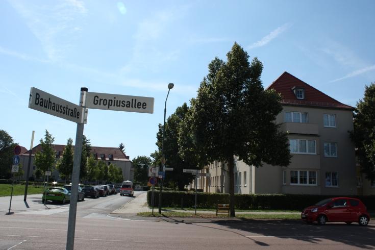 Bauhaus Dessau Gropius Allee