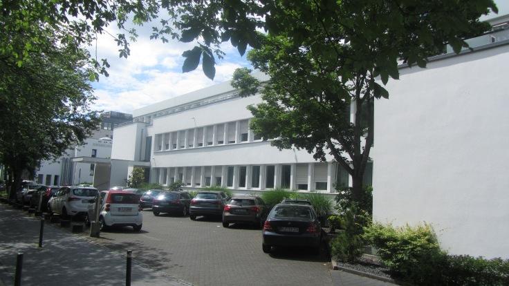 Schulze-Delitzsch Haus frontage to road
