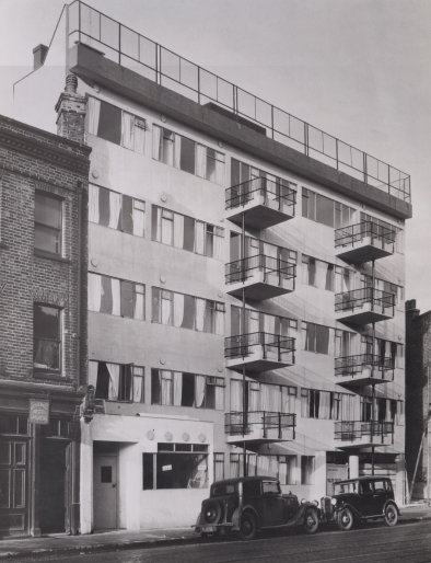 Dennis Sharp Kent House in the 1930's