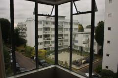 pullman-court-flat-living-room-window-detail
