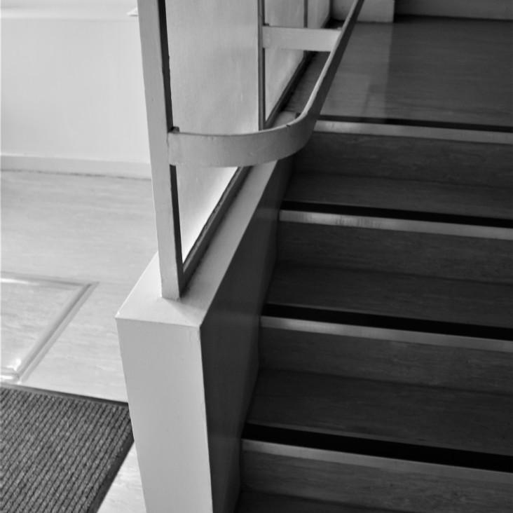 pullman-court-stairwell-detail-2