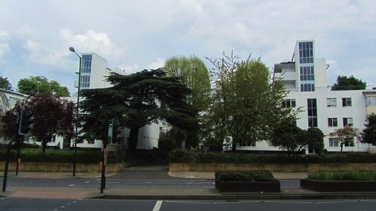 pullman-court-street-view
