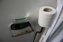 pullman-court-toilet-roll-holder-and-ashtray
